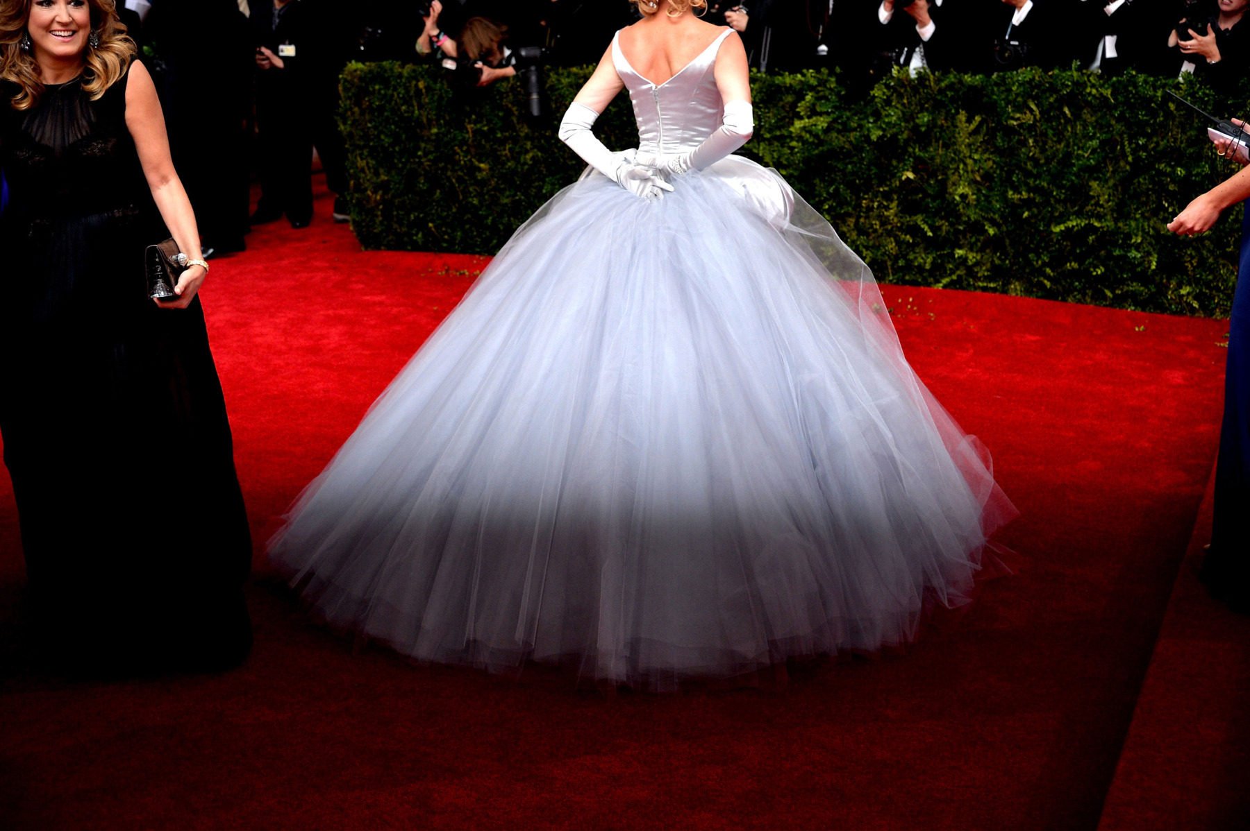 Not Another Pop Culture Blog: Fashion Spotlight - 2014 Met Gala